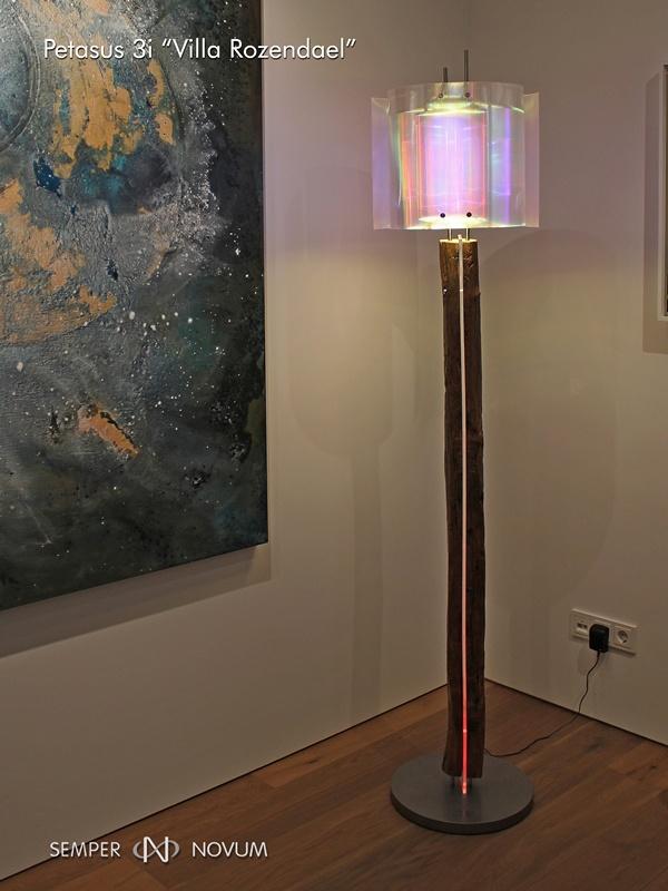 Houten schemerlampvoet in Petasus vloerlamp